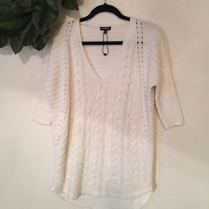 Express cable knit sweater. White